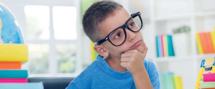How to Tell the Difference Between Vision Problems and Dyslexia